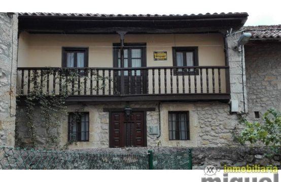 V1915-Casa en Pesués, Val de San Vicente, CANTABRIA 01 Inmobiliaria Miguel