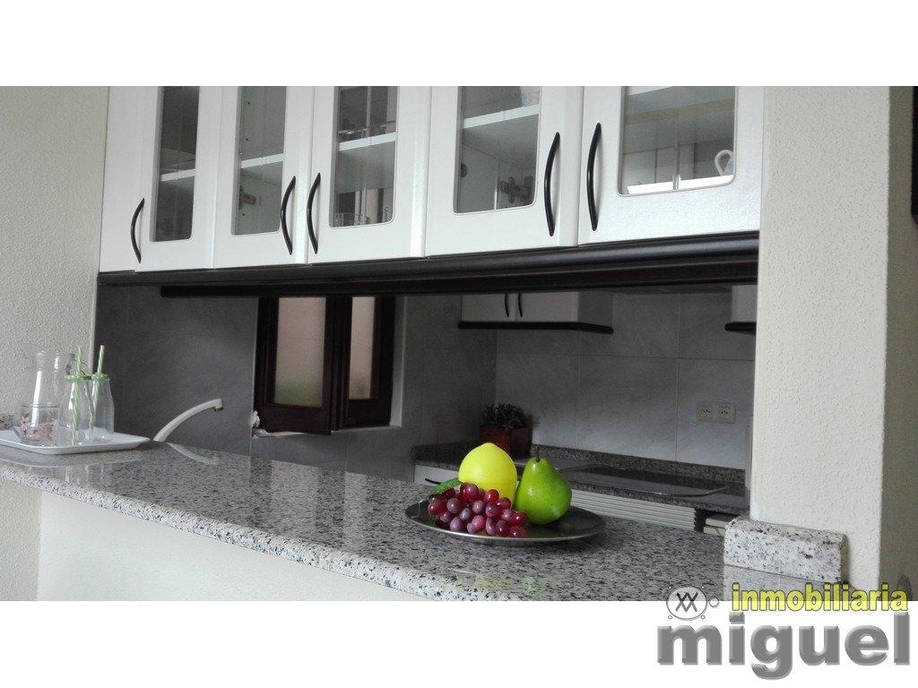 (V2124) Se vende ático con terraza y vistas al mar, plaza de garaje y trastero en Val de San Vicente