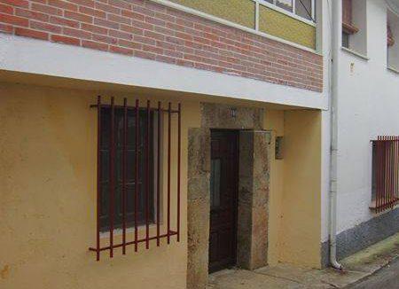 Se vende casa de pueblo en Boquerizo. 398m2 construidos y 120m2 de terreno