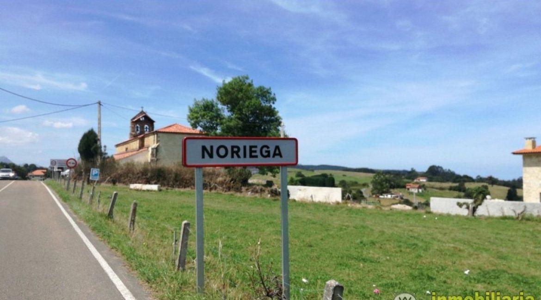 Se vende cuadra sobre parcela  en Noriega