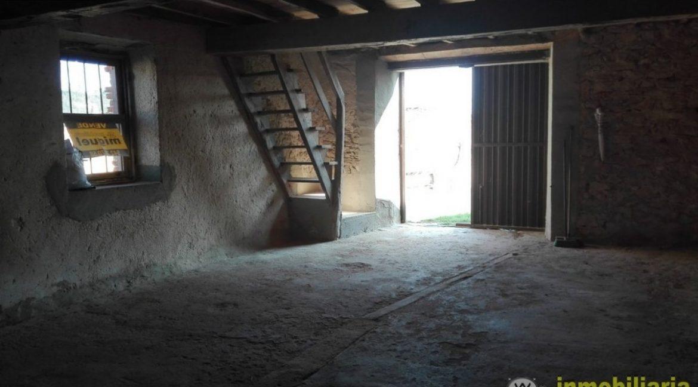Vender-Cuadra-en-Val-de-San-Vicente-CANTABRIA-V2039-10