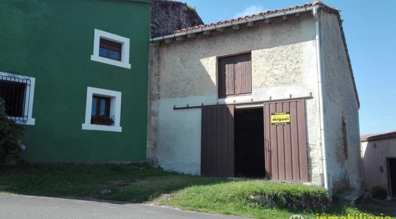 Vender-Cuadra-en-Val-de-San-Vicente-CANTABRIA-V2039-5
