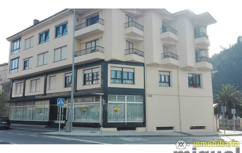 Se vende local comercial de 272 metros cuadrados en Unquera