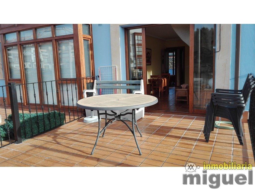 (V2103) Se vende piso, dos dormitorios, terrazas, piscina y zonas verdes, en Colombres, Ribadedeva
