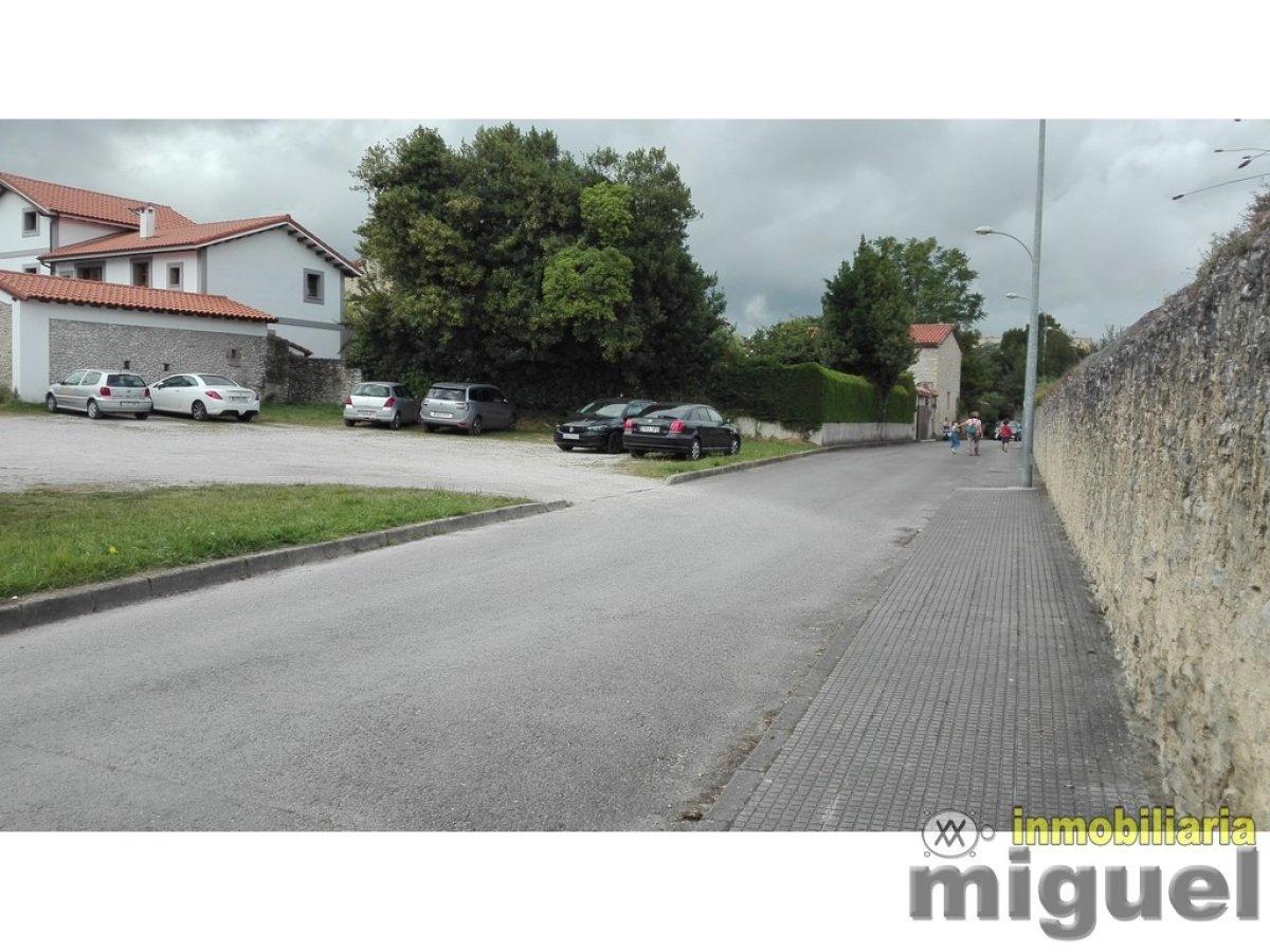 (V2021) Se vende terreno urbano para 1.000m2 de construcción en el centro de Colombres, Ribadedeva